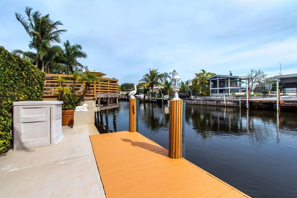 Casa Unifamiliar por un Venta en 1360 SW 57th Avenue 1360 SW 57th Avenue Plantation, Florida 33317 Estados Unidos