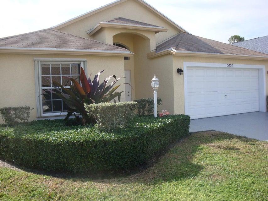 5151 Robino Circle West Palm Beach, FL 33417 photo 4