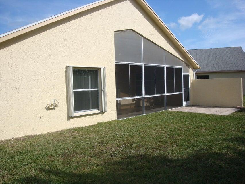5151 Robino Circle West Palm Beach, FL 33417 photo 7