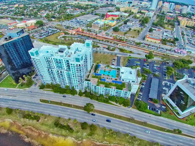 Condominium for Rent at 300 S Australian Avenue # 1613 300 S Australian Avenue # 1613 West Palm Beach, Florida 33401 United States