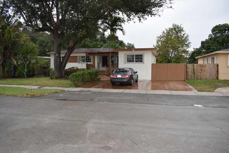 Home for sale in MANNING GARDENS Miami Florida