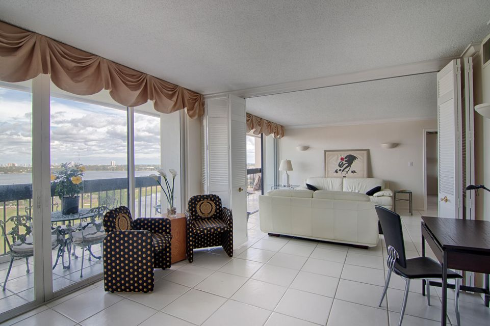 Additional photo for property listing at 2000 Presidential Way 2000 Presidential Way West Palm Beach, Florida 33401 Vereinigte Staaten