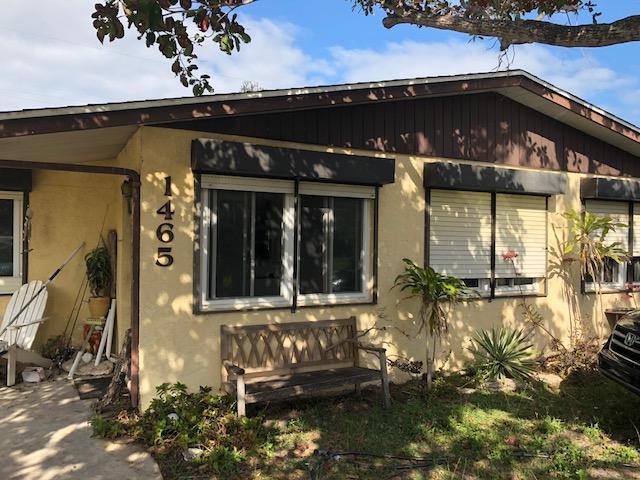 Single Family Home for Sale at 1465 NE Silver Maple Way 1465 NE Silver Maple Way Jensen Beach, Florida 34957 United States