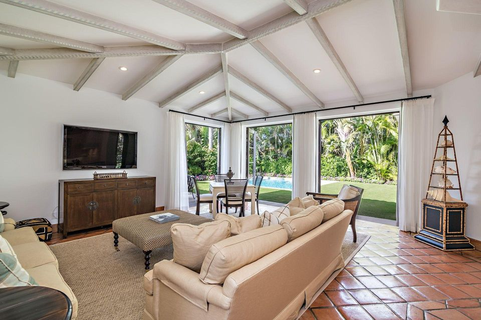 1066 N Ocean Boulevard , Palm Beach FL 33480 is listed for sale as MLS Listing RX-10394555 photo #5
