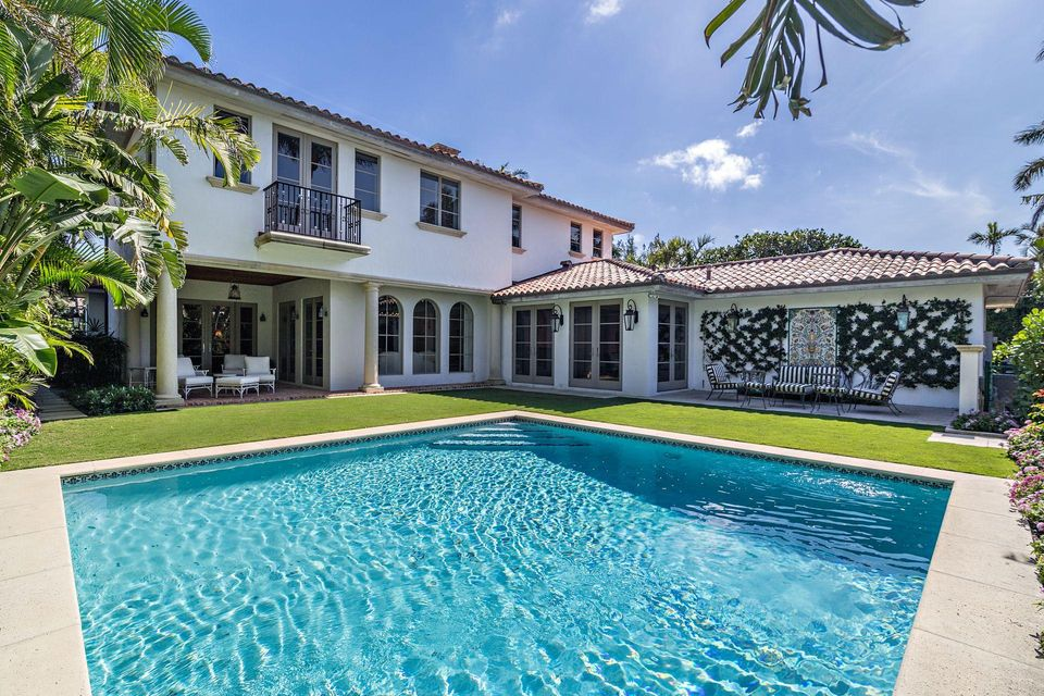 1066 N Ocean Boulevard , Palm Beach FL 33480 is listed for sale as MLS Listing RX-10394555 photo #17