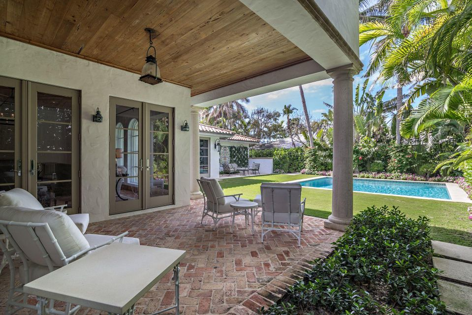 1066 N Ocean Boulevard , Palm Beach FL 33480 is listed for sale as MLS Listing RX-10394555 photo #18