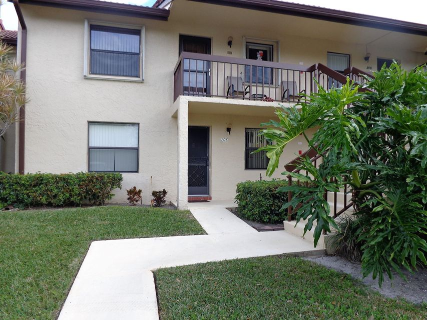4570 Lucerne Lakes Boulevard 105  Lake Worth, FL 33467