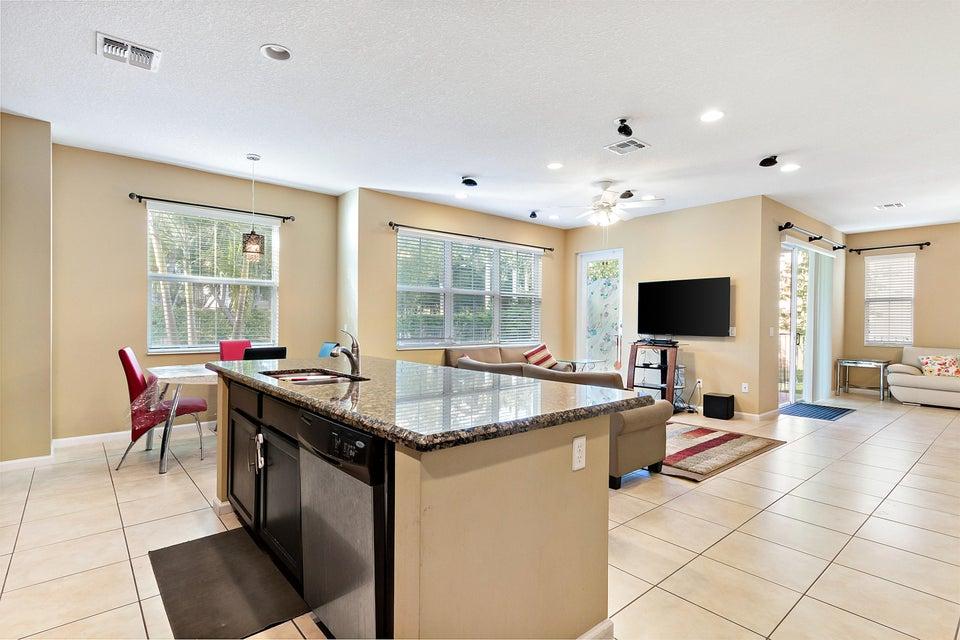 9543 Phipps Lane Wellington, FL 33414 - photo 10