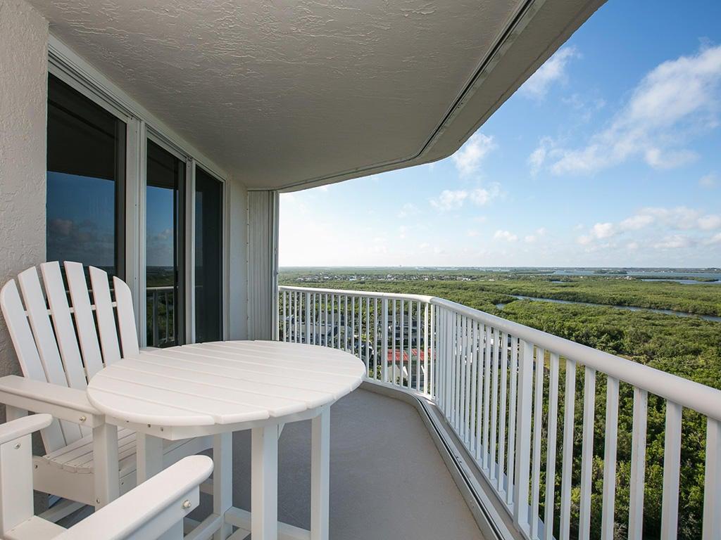 Additional photo for property listing at 5049 N A1a  # 1501 5049 N A1a  # 1501 Hutchinson Island, Florida 34949 Estados Unidos