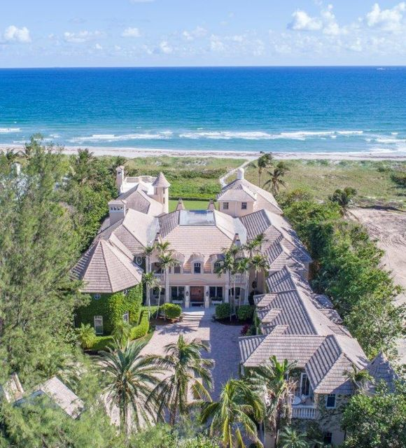 Additional photo for property listing at 611 S Ocean Boulevard 611 S Ocean Boulevard Delray Beach, Florida 33483 Estados Unidos