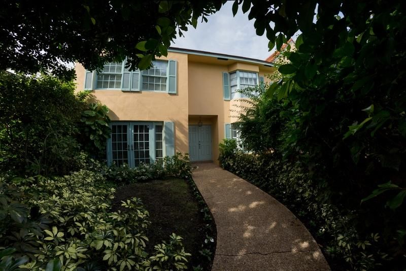 Condominium for Sale at 200 Everglade Avenue # D 200 Everglade Avenue # D Palm Beach, Florida 33480 United States