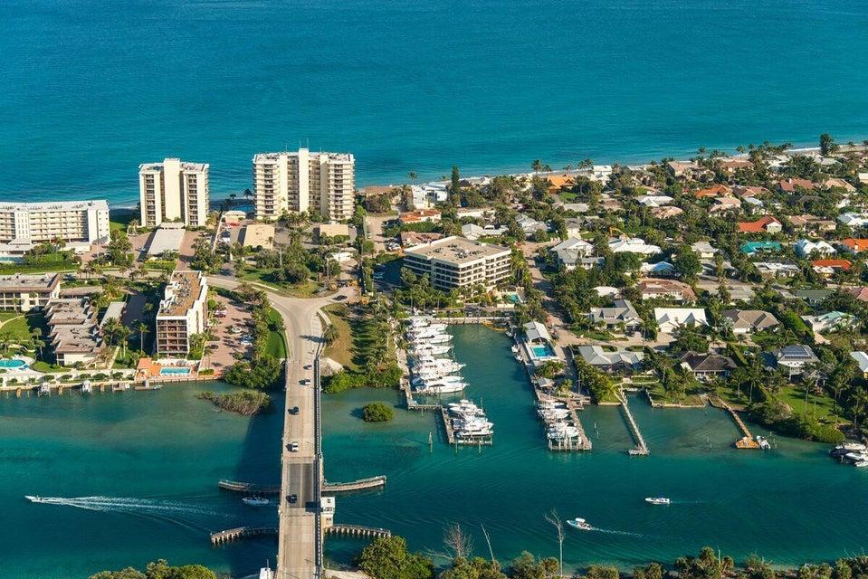 Condominio por un Venta en 100 Beach Road # 602 100 Beach Road # 602 Tequesta, Florida 33469 Estados Unidos