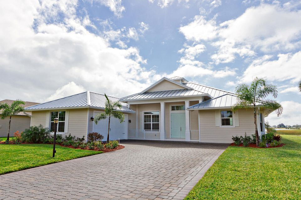 Single Family Home for Sale at 8505 SE Bayberry Terrace 8505 SE Bayberry Terrace Hobe Sound, Florida 33455 United States