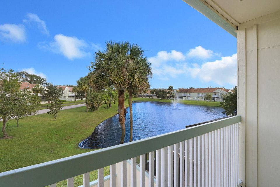 6270 Riverwalk Lane 5 , Jupiter FL 33458 is listed for sale as MLS Listing RX-10399195 22 photos