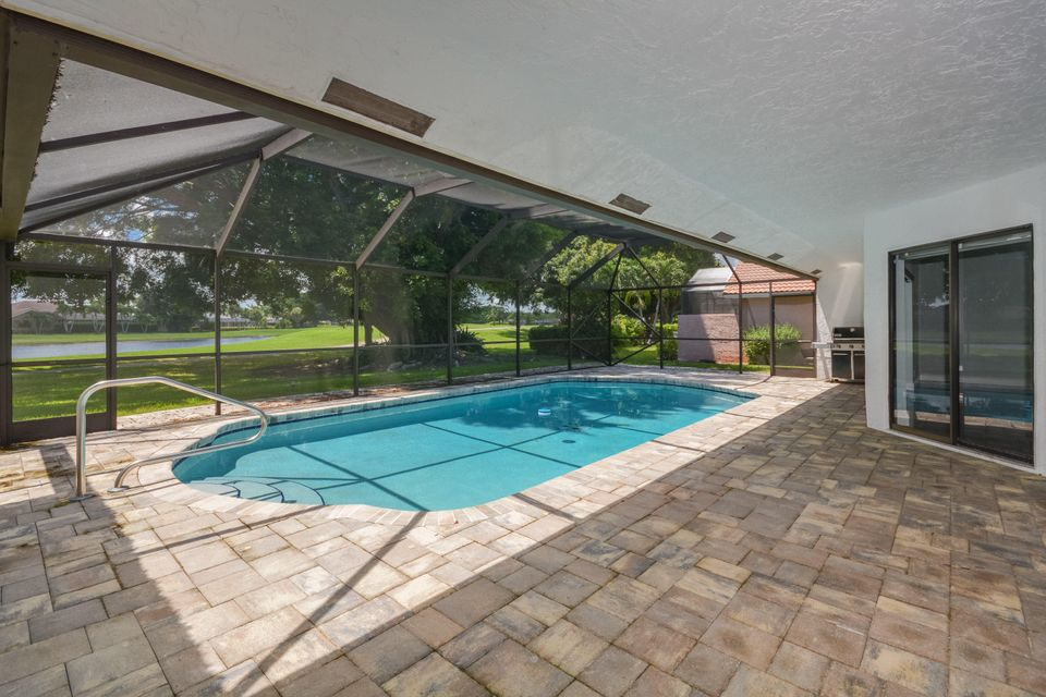 Single Family Home for Sale at 10086 Crosswind Road 10086 Crosswind Road Boca Raton, Florida 33498 United States