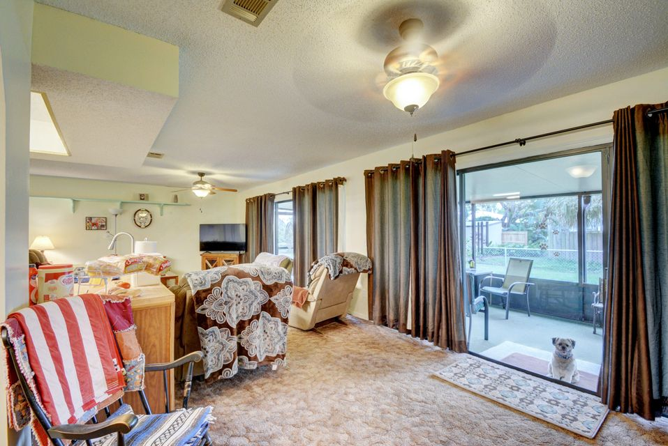 Additional photo for property listing at 1003 Osceola 1003 Osceola 皮尔斯, 佛罗里达州 34950 美国