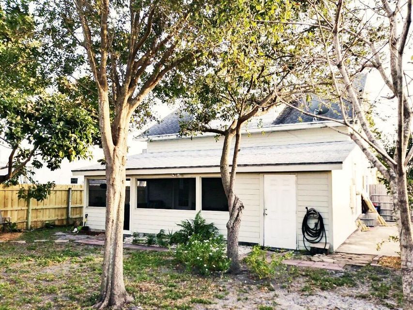 725 Selkirk Street West Palm Beach, FL 33405 small photo 20