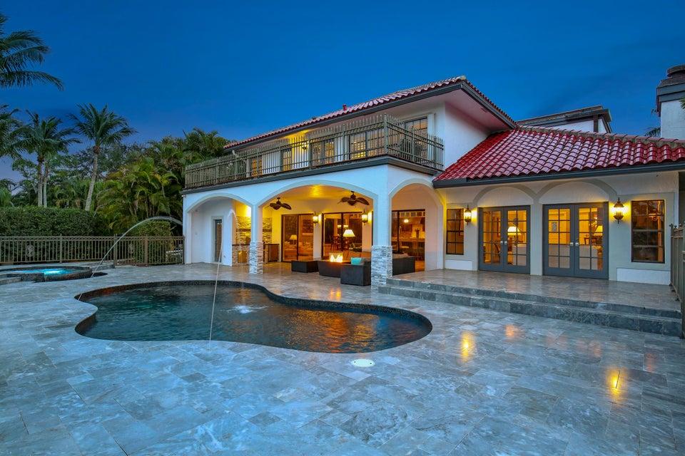 独户住宅 为 销售 在 10321 El Paraiso Place 10321 El Paraiso Place 德尔雷比奇海滩, 佛罗里达州 33446 美国
