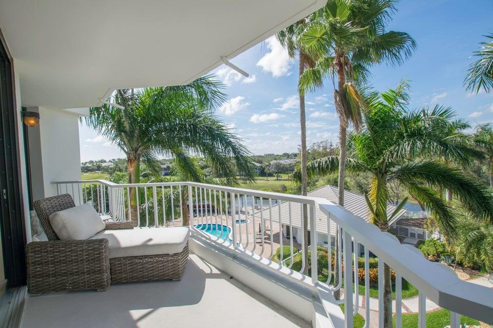 20310 Fairway Oaks Drive 143  Boca Raton FL 33434