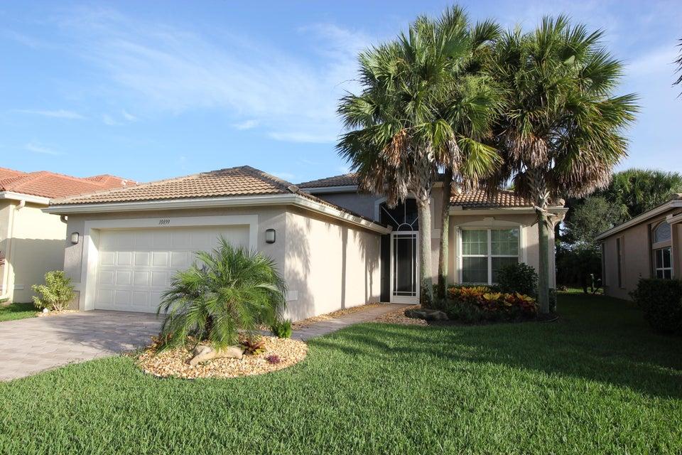 10899 Carmelcove Circle  Boynton Beach FL 33473