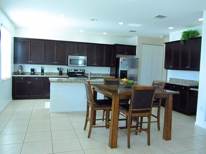 2201 Arterra Court Royal Palm Beach, FL 33411 photo 7