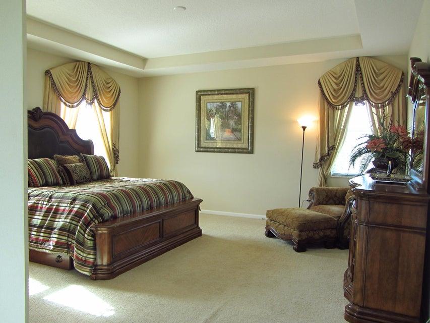 2201 Arterra Court Royal Palm Beach, FL 33411 photo 8