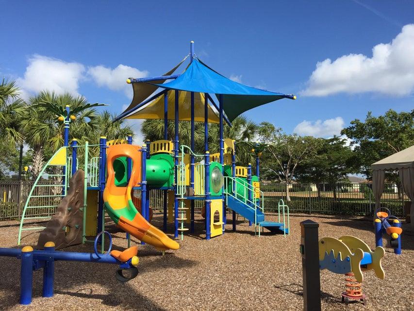 2201 Arterra Court Royal Palm Beach, FL 33411 photo 19