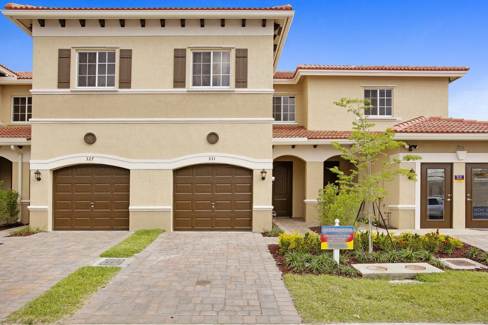 Home for sale in Sherwood Park Deerfield Beach Florida