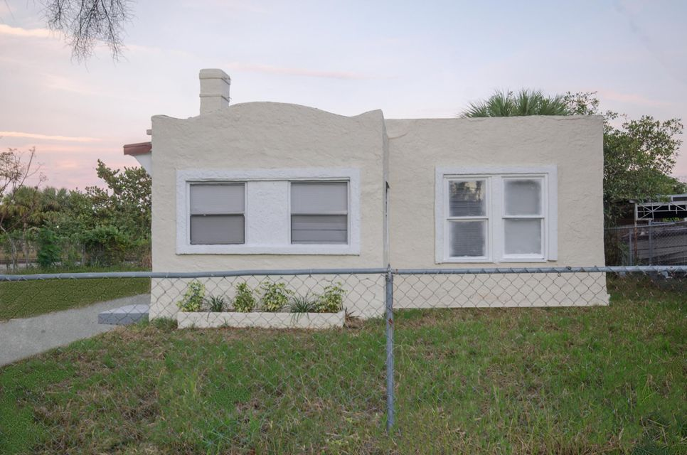 Single Family Home for Rent at Address Not Available West Palm Beach, Florida 33407 United States
