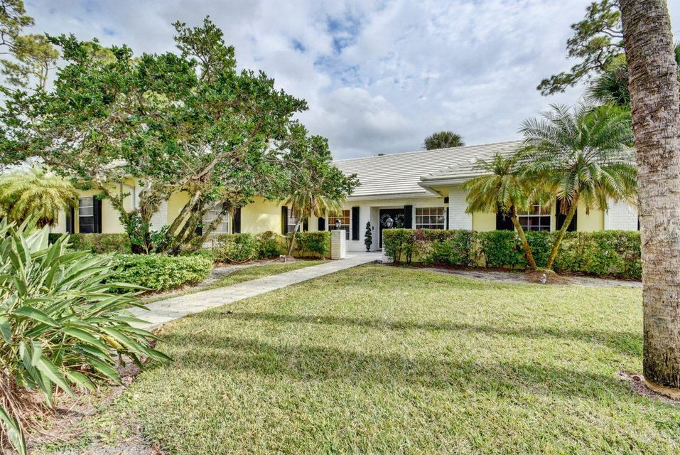 Home for sale in PINEWOOD OF WELLINGTON Wellington Florida