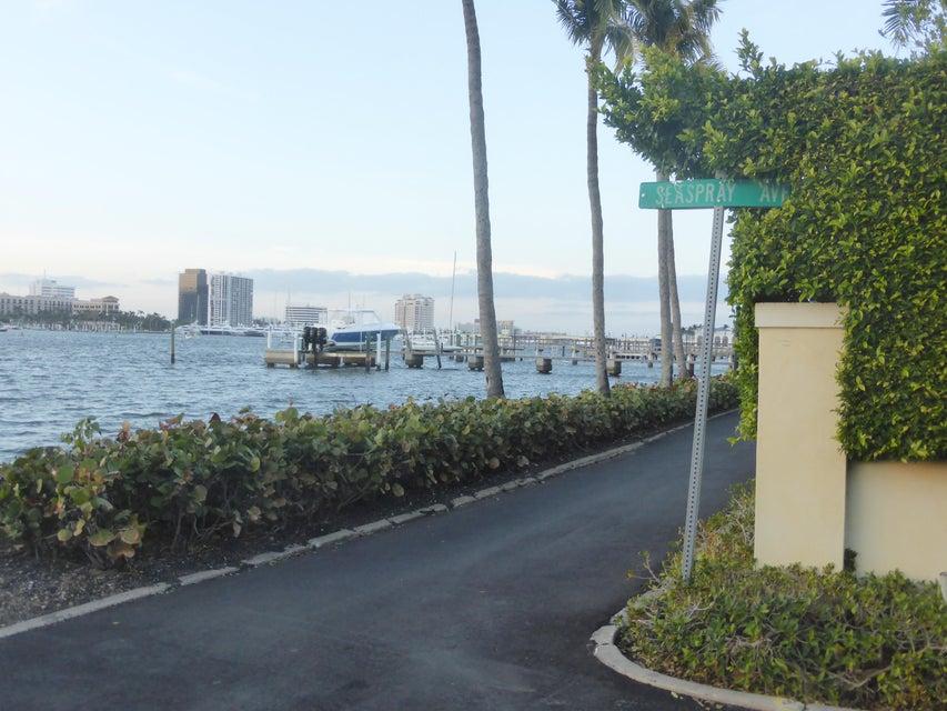 360 Seaspray Avenue