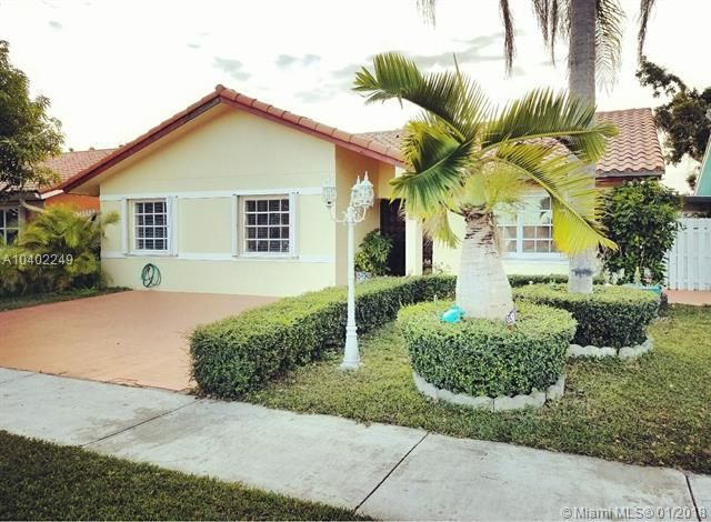 2472 Nw 66th Drive