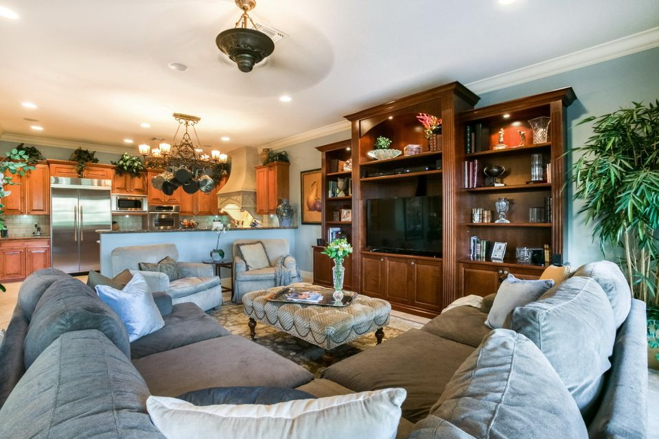 8885 Club Estates Way Lake Worth, FL 33467 photo 24
