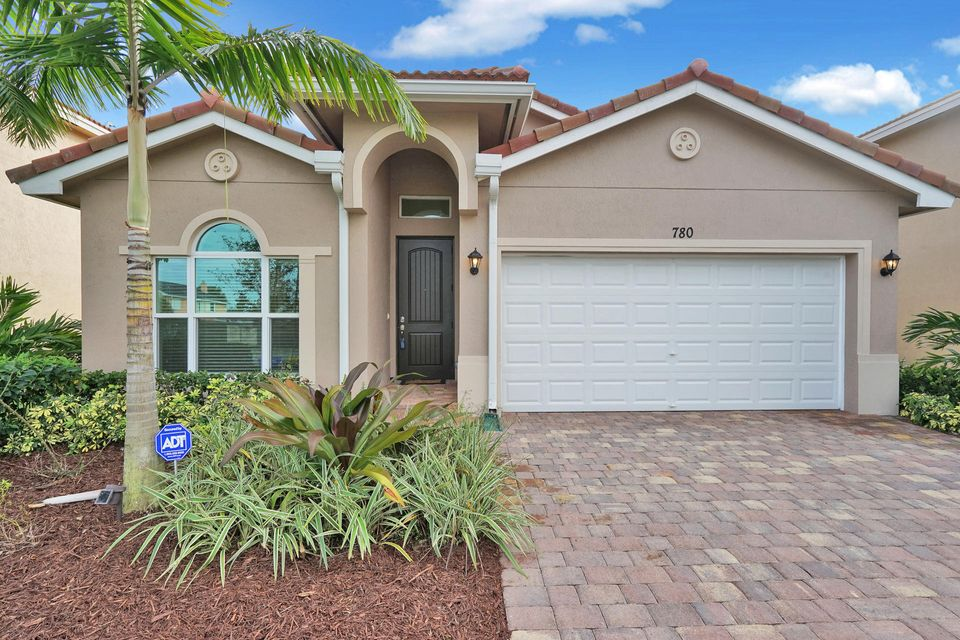 Single Family Home for Sale at 780 Palm Tree Lane 780 Palm Tree Lane Haverhill, Florida 33415 United States
