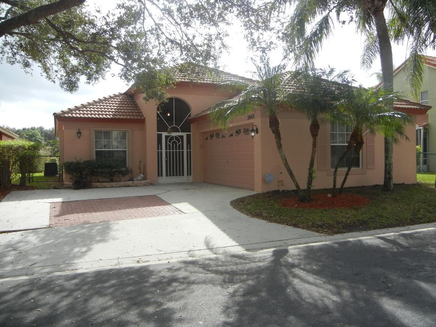 2043 Bonisle Circle , Palm Beach Gardens FL 33418 is listed for sale as MLS Listing RX-10399423 23 photos
