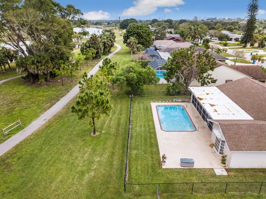 121 Sandpiper Avenue Royal Palm Beach, FL 33411 photo 30