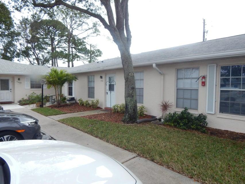 492 Holyoke Lane  Lake Worth FL 33467