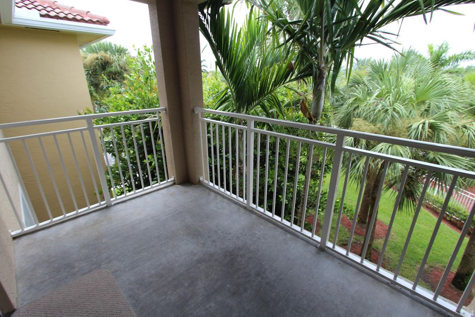 6434 Emerald Dunes Drive 304 West Palm Beach, FL 33411 small photo 17
