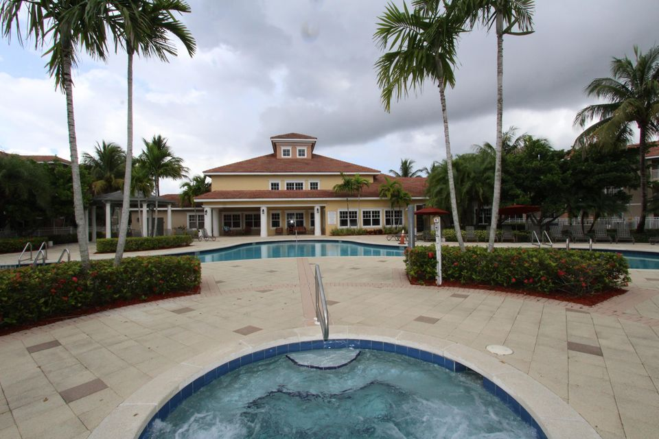 6434 Emerald Dunes Drive 304 West Palm Beach, FL 33411 small photo 18