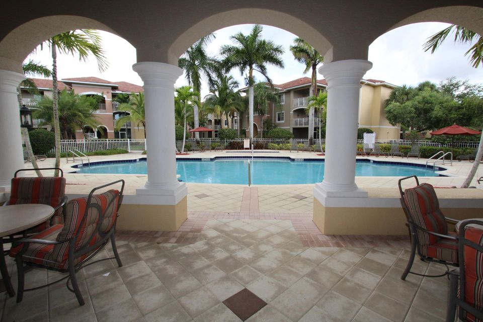 6434 Emerald Dunes Drive 304 West Palm Beach, FL 33411 small photo 20