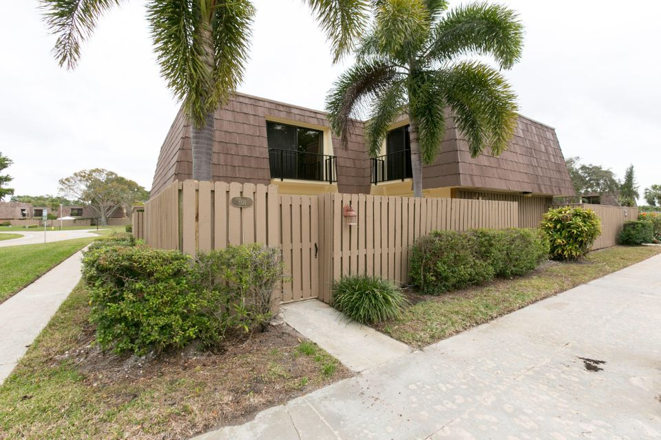 801 8th Court , Palm Beach Gardens FL 33410 is listed for sale as MLS Listing RX-10399556 30 photos