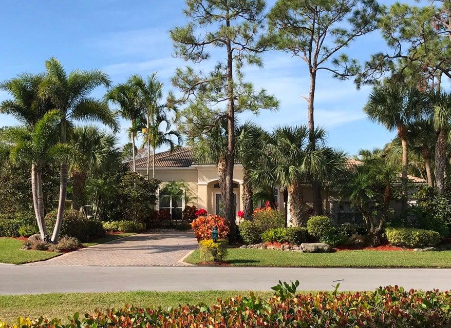 8403 Ironhorse Court  West Palm Beach, FL 33412