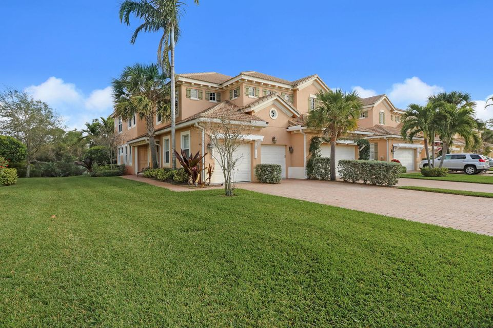 Homes For Sale in Paloma | Search Palm Beach County Homes