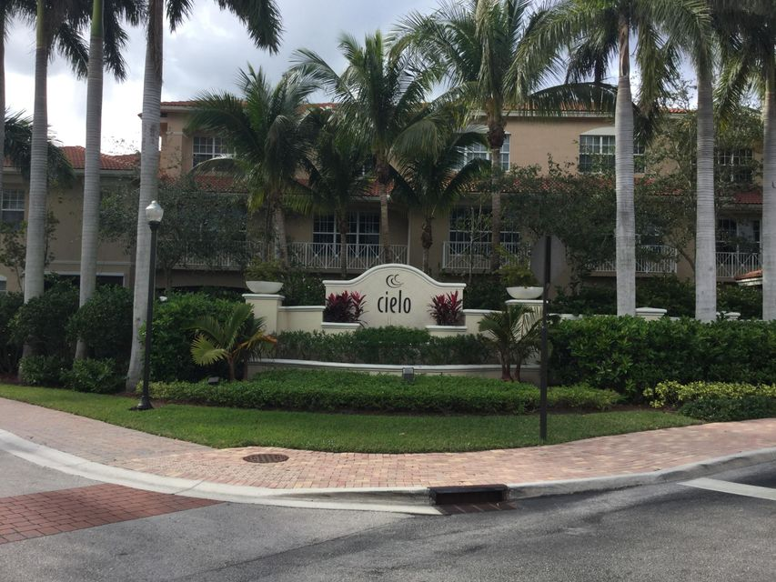 4911 Vine Cliff Way , Palm Beach Gardens FL 33418 is listed for sale as MLS Listing RX-10399601 28 photos