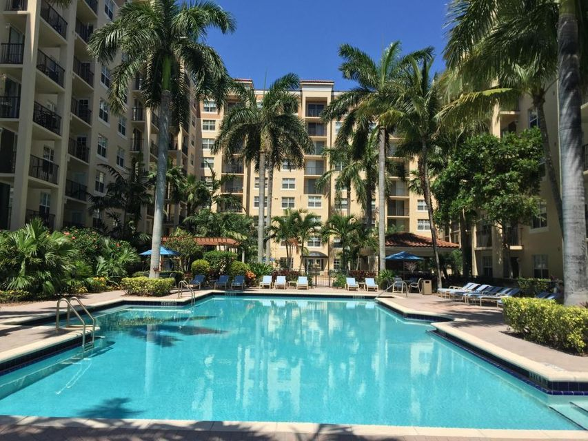 Condominium for Rent at 1803 N Flagler Drive # 219 1803 N Flagler Drive # 219 West Palm Beach, Florida 33407 United States