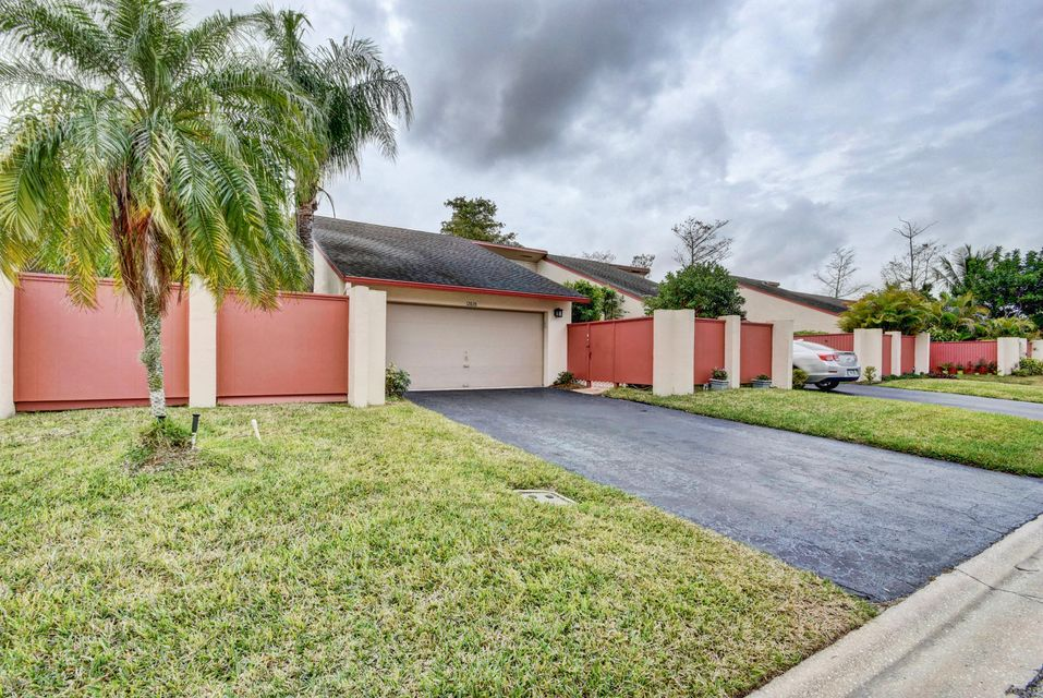 12828 Spinnaker Lane Wellington, FL 33414 photo 18
