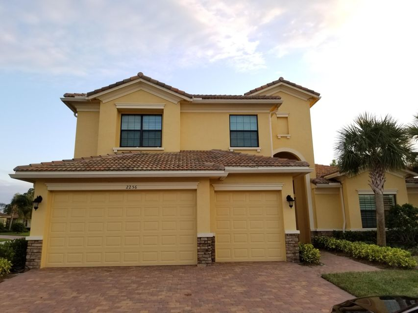 Additional photo for property listing at 2256 NW Diamond Creek Way 2256 NW Diamond Creek Way Jensen Beach, Florida 34957 United States