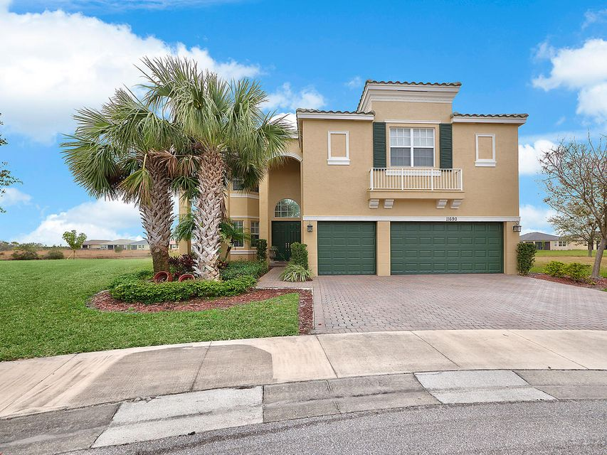 Single Family Home for Sale at 11690 SW Rockville Court 11690 SW Rockville Court Port St. Lucie, Florida 34987 United States
