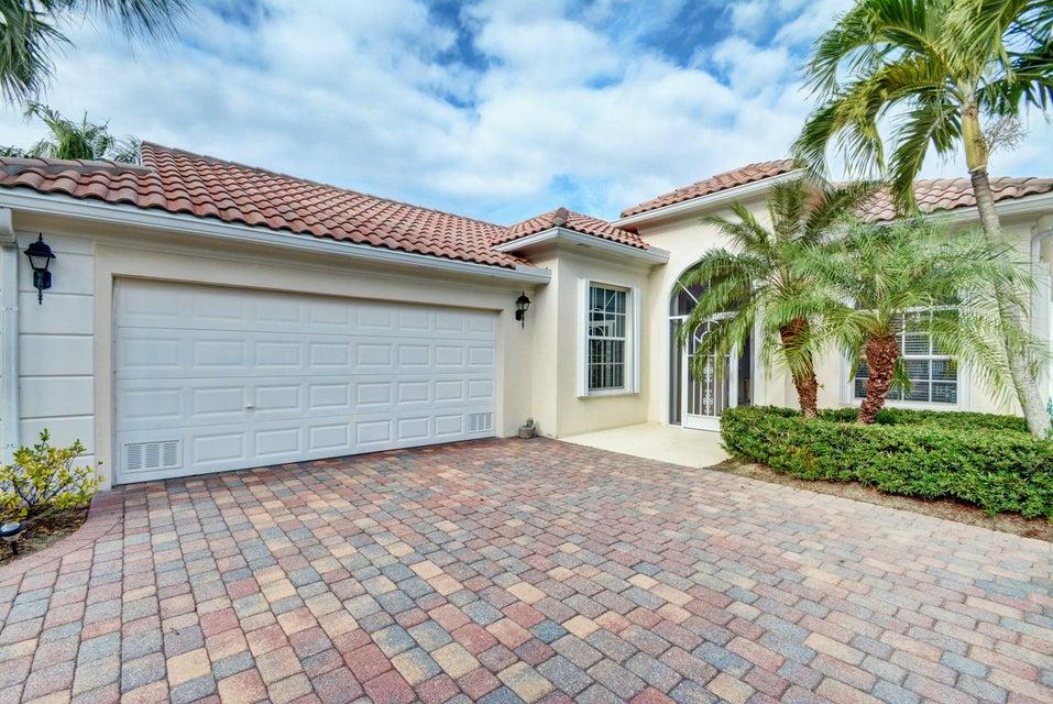 Частный односемейный дом для того Продажа на 8407 SE Angelina Court 8407 SE Angelina Court Hobe Sound, Флорида 33455 Соединенные Штаты