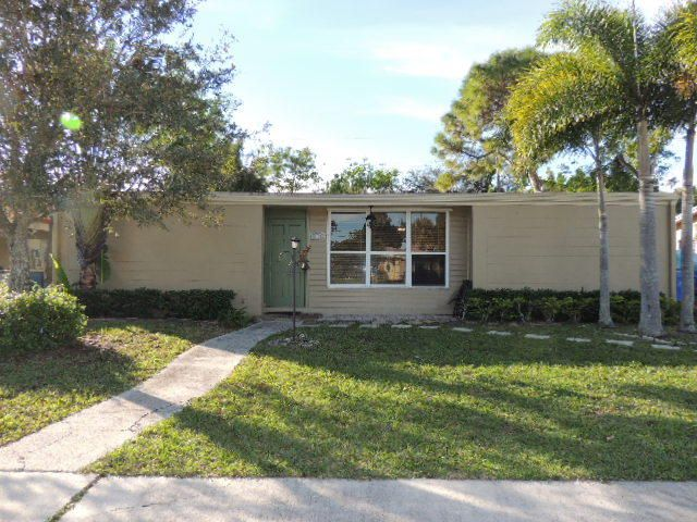 11812 Balsam Drive  Royal Palm Beach, FL 33411